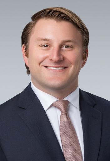 headshot of mike janiszewski